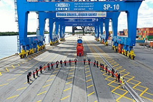 Port Everglades Gantry Crane Commissioning - sm