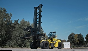 HYSTER REVEALS FUEL CELL - sm