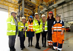 Nusrat Ghani MP meets DP World London Gateway staff on IWD - sm